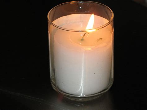 Memory Candles a Secular Way for Kids to Honor Their Dead