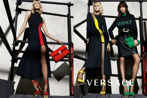 Versace's Fall 2015 Campaign: Karlie And Co