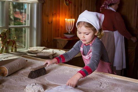 Princess Estelle shares a Christmas message in a sweet
