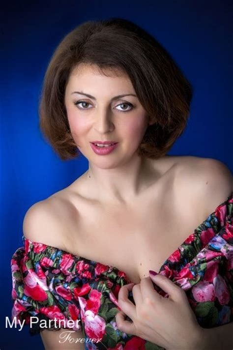 Dating and Matchmaking Service to Find a Russian or