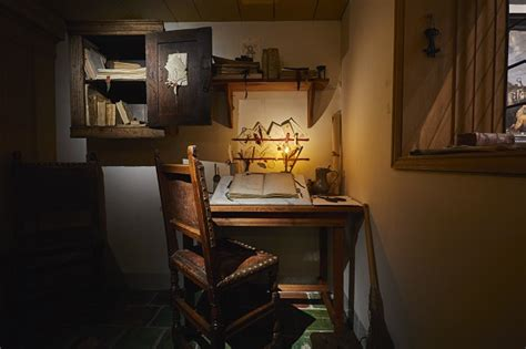 Rembrandt House Museum Opens Small Office and Print Room