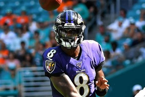 6 plays that show Lamar Jackson, QUARTERBACK, is the real