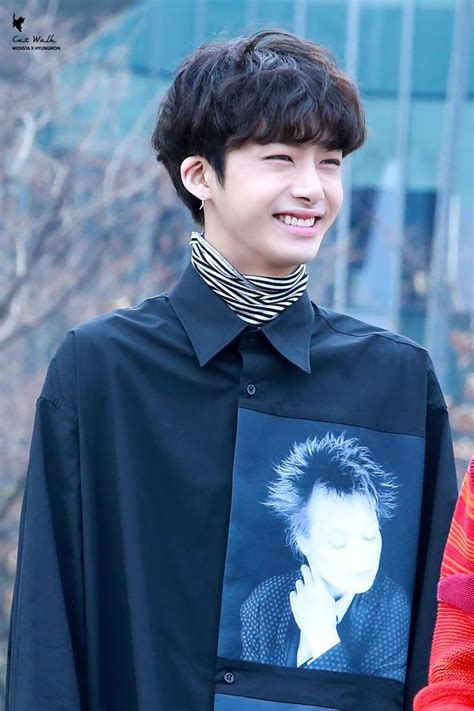 THIS SMILE *_* | Kpop