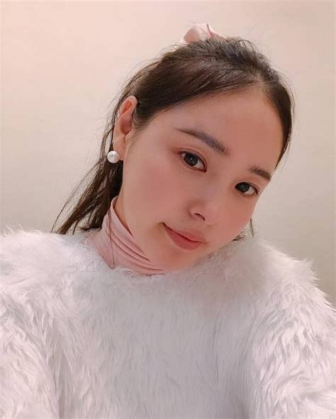 Min Hyo Rin celebrates first wedding anniversary without
