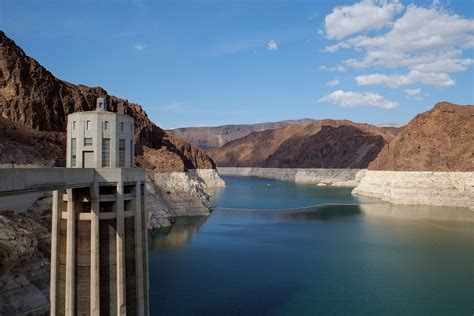 Study examines pros and cons of hydropower