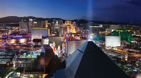 Top 10 Things to Do in Las Vegas - MGM Resorts