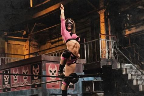 5 Wrestling Crimes Sexy Star Committed